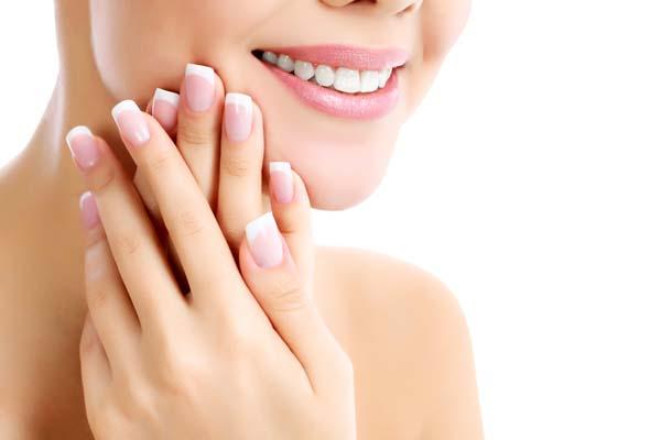 Erfahren Sie mehr über unsere Behandlungen für Hautkrankheiten und Hautprobleme wie Akne, Neurodermitis, Rosacea